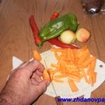 как порезать морковку соломкой 3